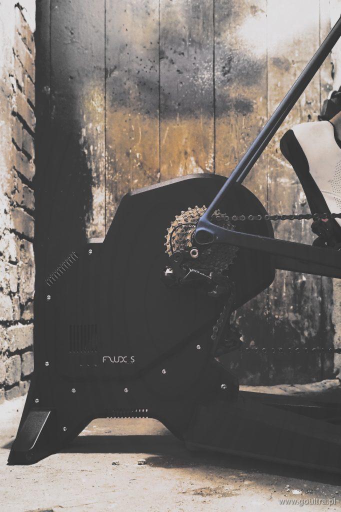 TACX FLUX S - Widok z boku